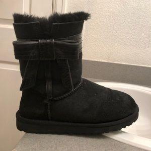 Black Ugg Boots: Size 7